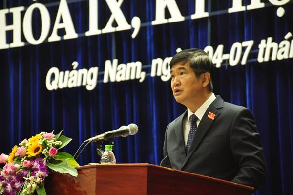 Bí thư Tỉnh ủy, Chủ tịch HĐND tỉnh Nguyễn Ngọc Quang phát biểu khai mạc Kỳ họp thứ 9.